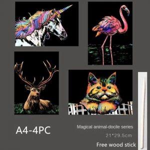 Krastekening vier kleurrijke dieren